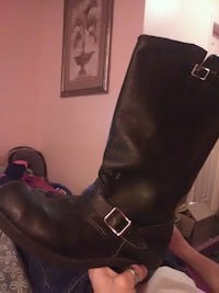 pair of black leather boots Panama City, 32404