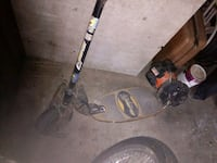 black and gray string trimmer Blackstone, 01504
