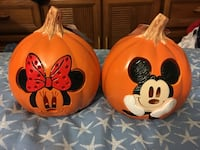 Brand Minnie & Mickey Mouse Pumpkin Decorations - pickup in Aiea  Aiea, 96701
