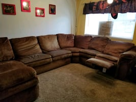 LAZYBOY Sectional couch