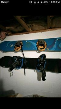 blue and black snowboard with bindings Massillon, 44647
