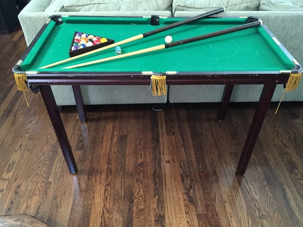 Used Minnesota Fats Mini Pool Table For Sale In Chicago Letgo - Fats pool table