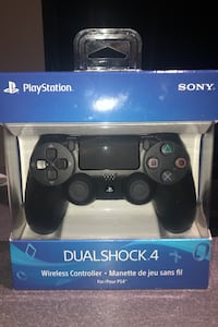 Black ps4 controller Vaughan, L6A 3Y3