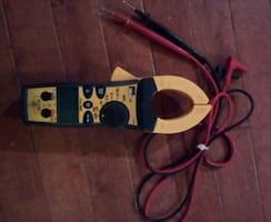 Ideal 61-763 600 AAC Clamp Meter w/ TRMS, TightSight