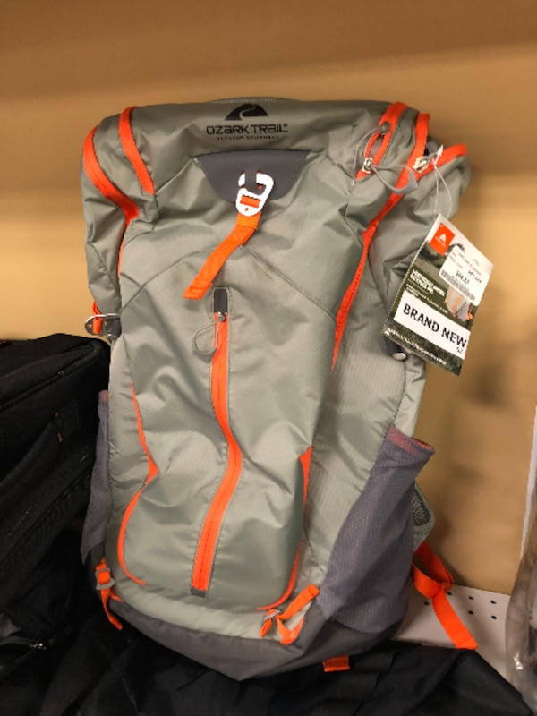 Used New! Ozark Trail Lightweight Hiking Backpack 34dfc801c6ee4
