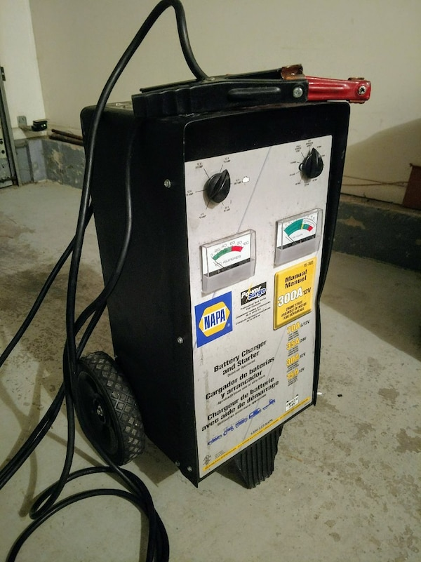 NAPA Professional Series Battery Charger & Starter on