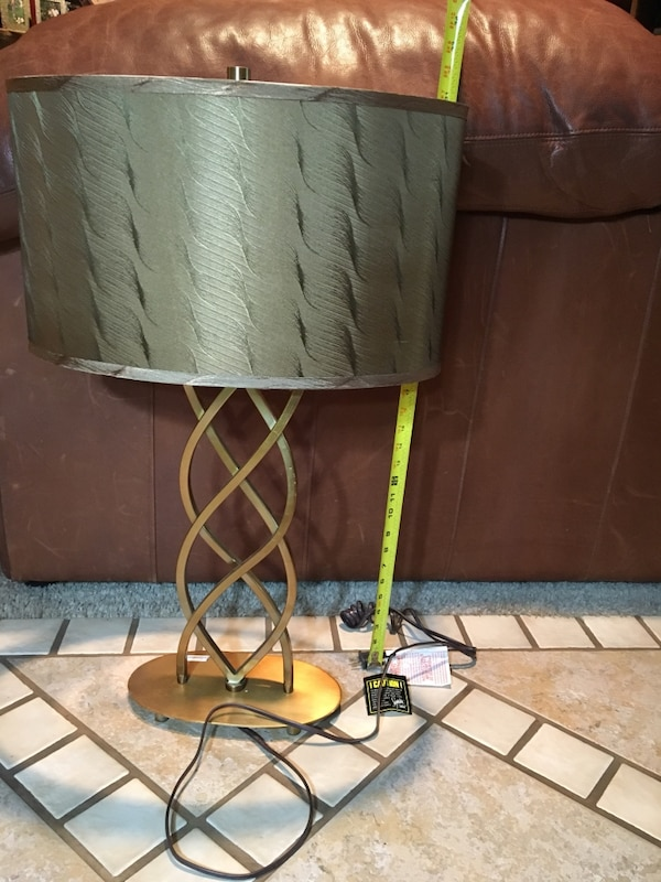 Used Table Lamp From Ashley Furniture New For In Salt Lake City Letgo