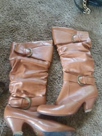 pair of brown leather boots Clovis, 88101