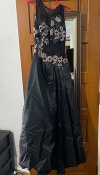Black Jessica McClintock Sheer Floral Ball Gown