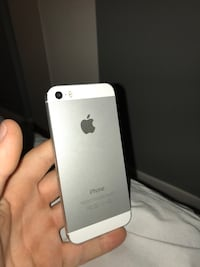 iPhone 5 , perfect condition 64 GB Toronto, M2J