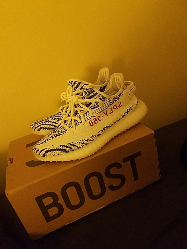 20f9fc19c9a5a Used Yeezy boost 350 zebras size 8 for sale in Newburyport - letgo