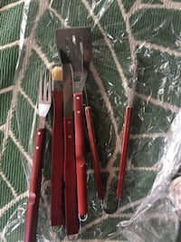 BBQ/Grill tools LIKE NEW Calgary, T2Z