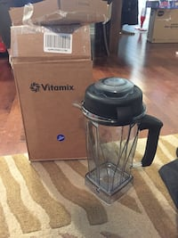 Vitamix spare / replacement / extra container 64oz with lid NEW  Hamilton, L8M 2B5