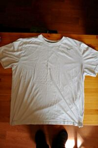 Nike Mens Dri Fit T-shirt Used Size XL Havre de Grace, 21078