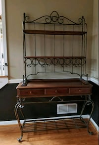 BEAUTIFUL Wrought Iron & Solid Wood Wine Rack Fayetteville, 30215