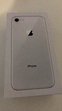 Silver iPhone 8 64 gb like new Washington, 20001