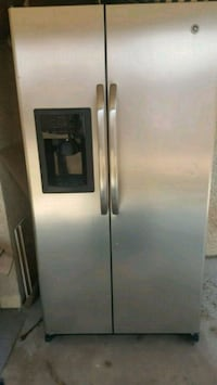 stainless steel side-by-side refrigerator with dispenser Las Vegas, 89107