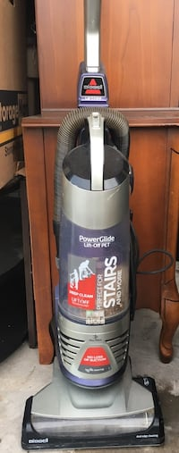 Bissell pet pro vacuum   St Catharines, L2M 4G2