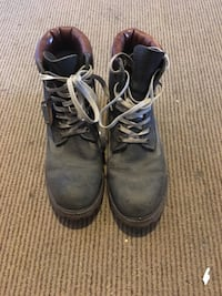 Timberlands snow boots barely used