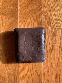 Use men coach leather wallet Hickory, 28601