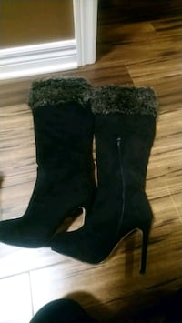 pair of black suede boots Hamilton, L8L 4W8
