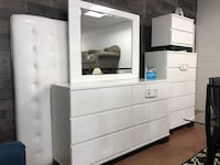 Pure white QUEEN SIZE bedroom set - HIGH QUALITY!! Charlotte, 28205