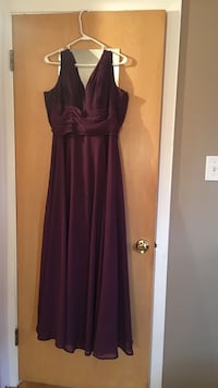 Plum allure dress Morton Grove, 60053