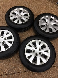 gray multi-spoke auto wheel with tire set Kitchener, N2G