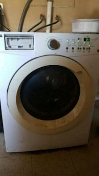 white front-load clothes washer Avondale, 85323