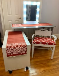 Vanity Desk, Vintage Vanity Quatrefoil Chair, Lighted Vanity Mirror Charlotte, 28214