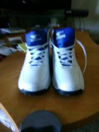 pair of white-and-blue shoes 42 km