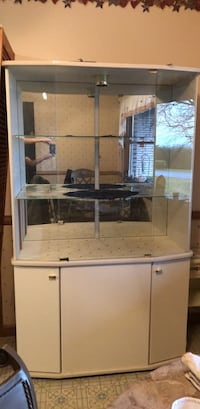 China Cabinet Leith, 15401