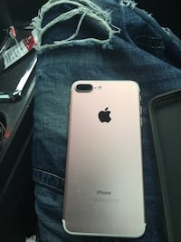 rose gold iPhone 7 plus Selma, 93662