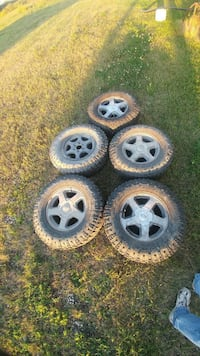 Trailblazer/envoy tires  Winnipeg, R3J 1E4