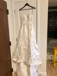 Maggie Sottero Wedding gown size 4 Chevy Chase, 20815