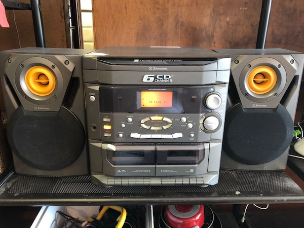 Used Emerson 6 CD Changer For Sale In Fayetteville