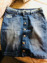 Blue denim stone-wash jeans all for 30