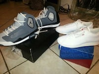 pair of white Nike basketball shoes Montreal, H4G
