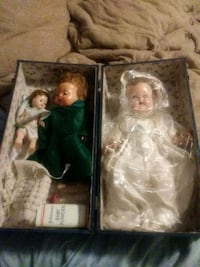 two assorted dolls in boxes Canton, 44710