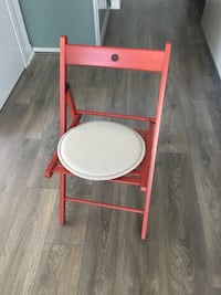 Red folding chair and cushion - great for desk work Toronto, M5V 1P9