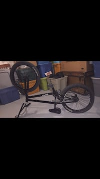 Black bmx bike  3119 km