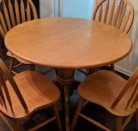 Foldable round dining table only Toronto, M3A 3B3