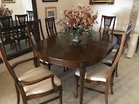 Dining room table with 6 chairs Clermont