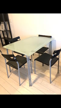 Glass Table with 4 chairs  Toronto, M1H 3H5