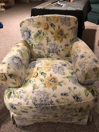 Two White, green, and blue floral sofa chair Chantilly, 20151