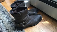 Pair of leather boots size 9 Chicago, 60630