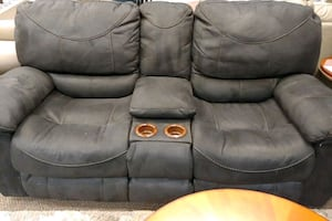 Reclining sofa and live seat set