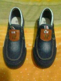 pair of black leather loafers Montreal