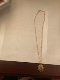 Gold-colored cable chain pendant necklace
