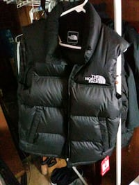 black and gray The North Face backpack 27 km